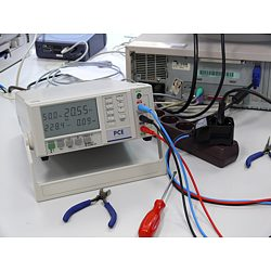 the PCE-PA 6000 power meter with the PCE-PA-ADP current adaptor